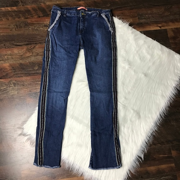 Vilagallo Denim - Vilagallo Chino Distressed Hem Embroidered Jeans